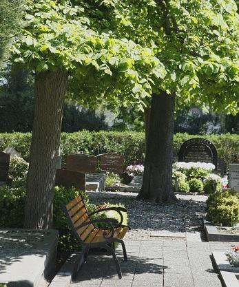 Bankje Begraafplaats Vredenhof